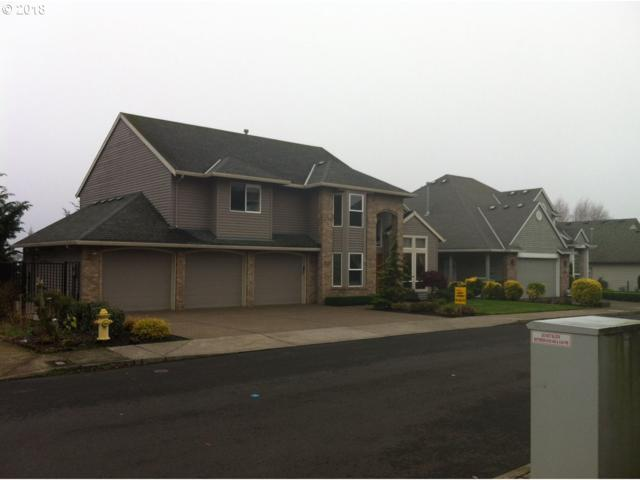 9818 SE Top O Scott St, Happy Valley, OR 97086 (MLS #18442142) :: Matin Real Estate