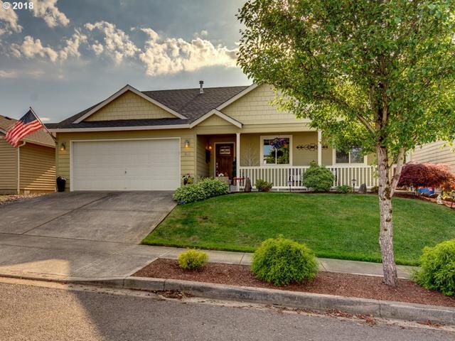 603 N 22ND Ct, Ridgefield, WA 98642 (MLS #18446077) :: Cano Real Estate