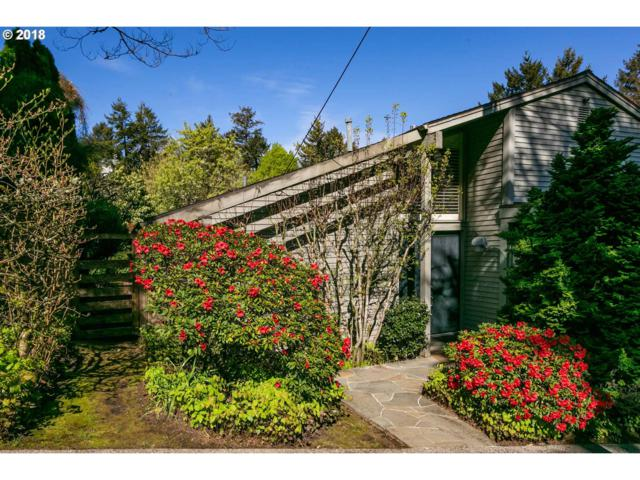 2515 SW Saint Helens Ct, Portland, OR 97201 (MLS #18447157) :: Next Home Realty Connection