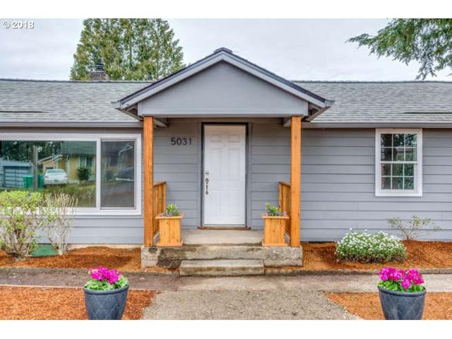 5031 SE Flavel Dr, Portland, OR 97206 (MLS #18447531) :: The Dale Chumbley Group