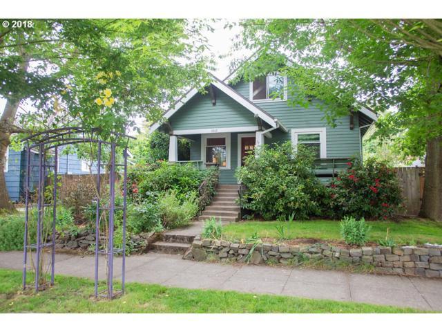 2410 N Watts St, Portland, OR 97217 (MLS #18450025) :: Keller Williams Realty Umpqua Valley