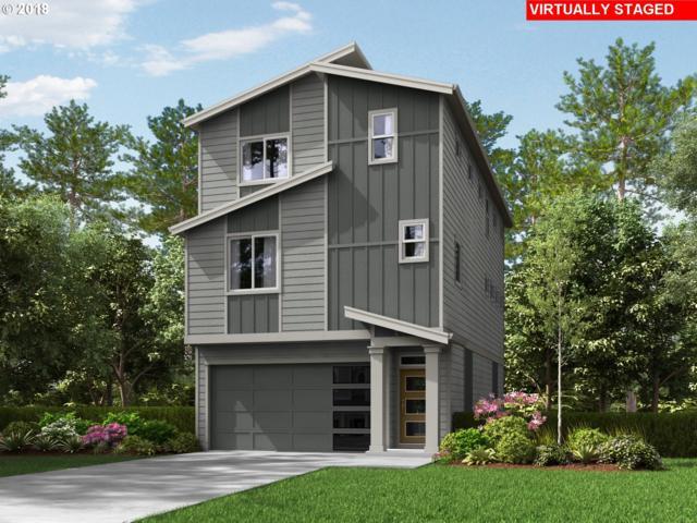 16820 SE Fox Glen Ct, Happy Valley, OR 97015 (MLS #18458129) :: Matin Real Estate