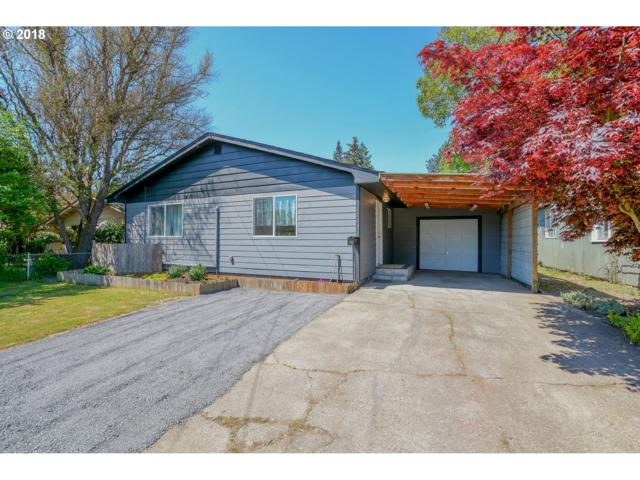 1203 N 1ST Ave, Kelso, WA 98626 (MLS #18458470) :: The Sadle Home Selling Team