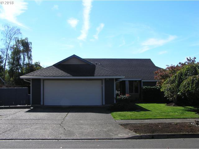 208 Pinehurst Dr, Newberg, OR 97132 (MLS #18458862) :: McKillion Real Estate Group