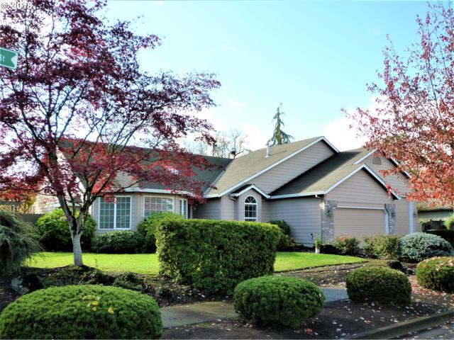 104 W Oxford St, Newberg, OR 97132 (MLS #18460724) :: Fox Real Estate Group