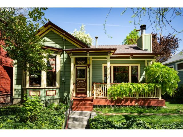 3214 SW Kelly Ave, Portland, OR 97239 (MLS #18462466) :: Next Home Realty Connection