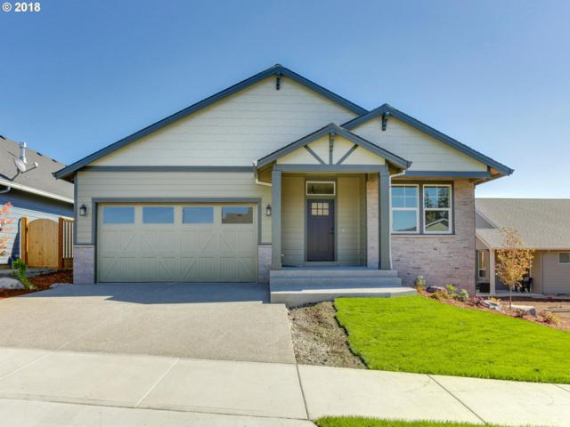 19394 Pine Ave, Sandy, OR 97055 (MLS #18468845) :: Hatch Homes Group