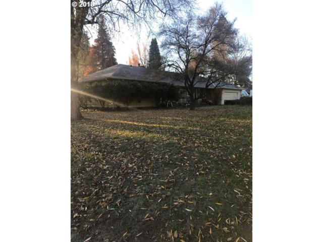 15515 SE Wallace Rd, Milwaukie, OR 97267 (MLS #18477190) :: Matin Real Estate