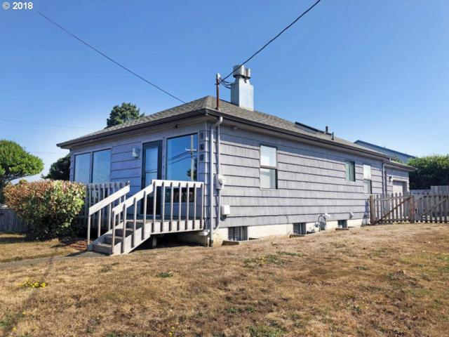 106 NW Nye St, Newport, OR 97365 (MLS #18479408) :: Song Real Estate