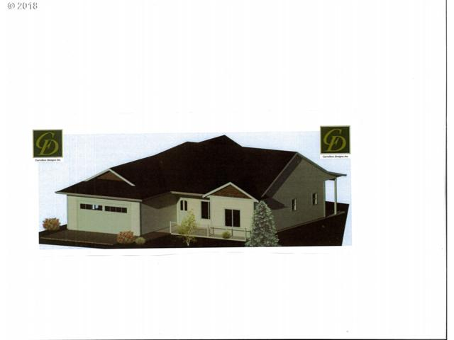2025 52ND St, Florence, OR 97439 (MLS #18481870) :: Harpole Homes Oregon