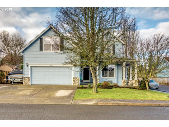 1377 N Hawthorne St, Canby, OR 97013 (MLS #18482104) :: Fox Real Estate Group