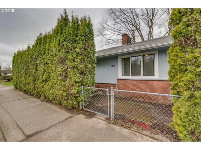 1217 SE 162ND Ave, Portland, OR 97233 (MLS #18482197) :: Next Home Realty Connection