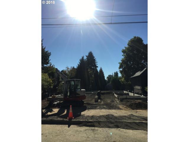 3538 SE Alder St, Portland, OR 97214 (MLS #18482487) :: Hatch Homes Group