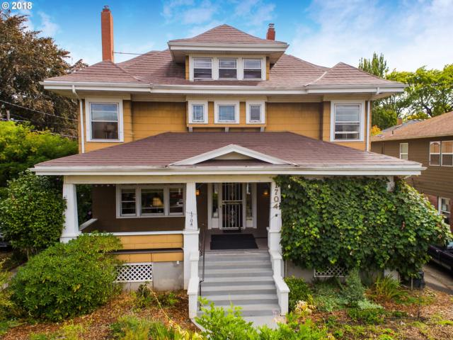 1704 SE 22ND Ave, Portland, OR 97214 (MLS #18482797) :: The Dale Chumbley Group