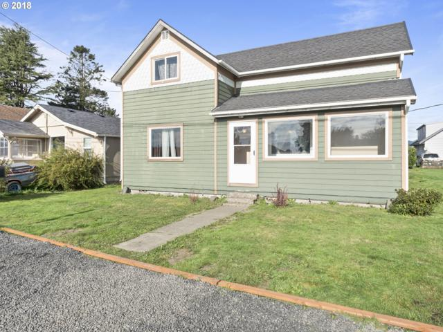 2514 7TH St, Tillamook, OR 97141 (MLS #18493793) :: Hatch Homes Group
