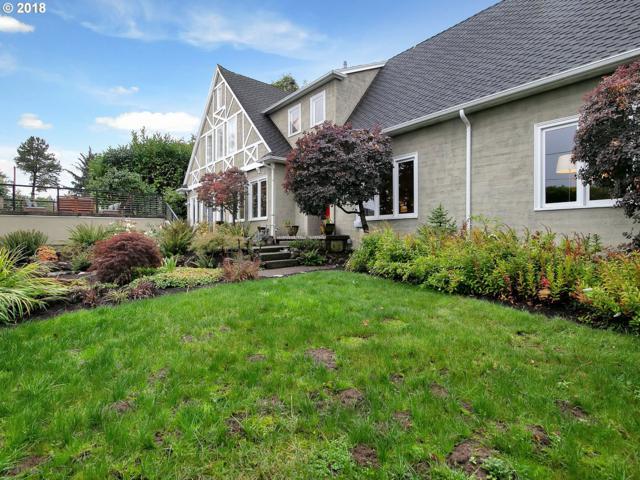5225 SW Menefee Dr, Portland, OR 97239 (MLS #18502292) :: McKillion Real Estate Group