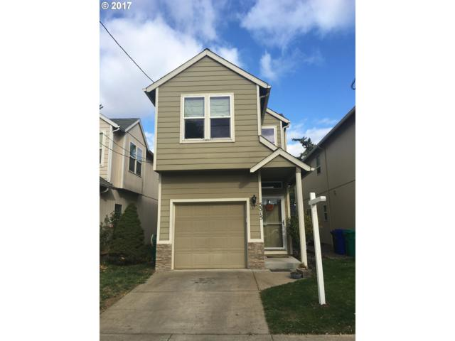 5315 SE Flavel St, Portland, OR 97206 (MLS #18502422) :: The Dale Chumbley Group