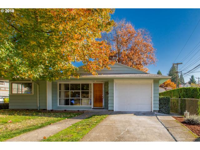 8434 SW 10TH Ave, Portland, OR 97219 (MLS #18502775) :: Portland Lifestyle Team