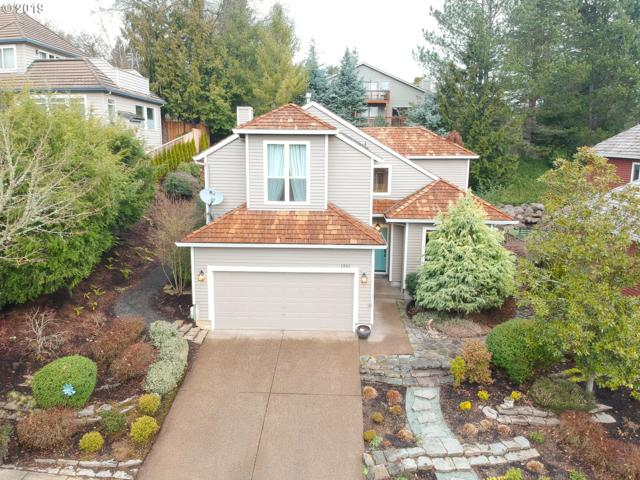 1341 SW Dickinson Ln, Portland, OR 97219 (MLS #18506369) :: Townsend Jarvis Group Real Estate