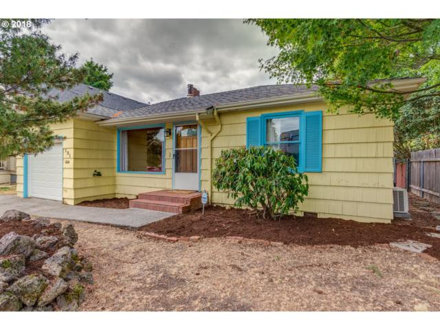 121 SE 74TH Ave, Portland, OR 97215 (MLS #18509017) :: The Dale Chumbley Group