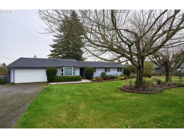 208 S 3RD St, Carlton, OR 97111 (MLS #18510162) :: The Galand Haas Real Estate Team