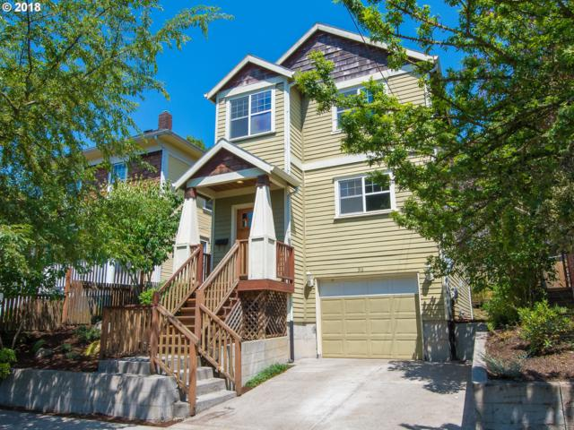 511 NE Skidmore St, Portland, OR 97211 (MLS #18510400) :: McKillion Real Estate Group