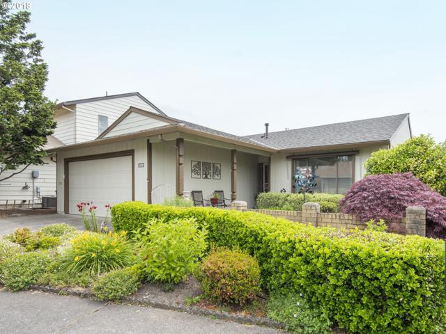 15370 SW Oaktree Ln, Tigard, OR 97224 (MLS #18511027) :: Next Home Realty Connection