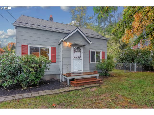 5131 SW Vermont St, Portland, OR 97219 (MLS #18514016) :: Hatch Homes Group