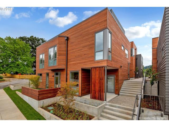 2035 SW Vermont St #6, Portland, OR 97219 (MLS #18523520) :: Cano Real Estate