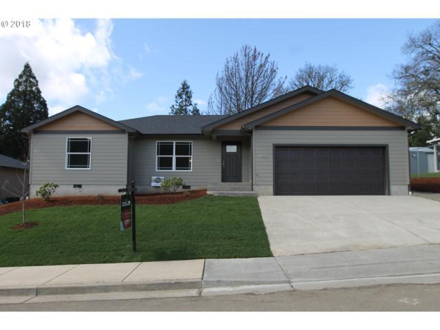 601 SE Garden Way Dr, Winston, OR 97496 (MLS #18525168) :: Keller Williams Realty Umpqua Valley