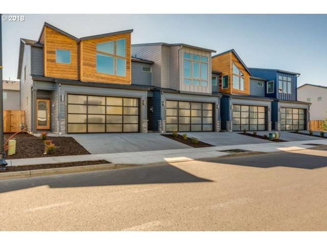 12319 NE 116TH Way #8, Vancouver, WA 98682 (MLS #18529451) :: Fox Real Estate Group