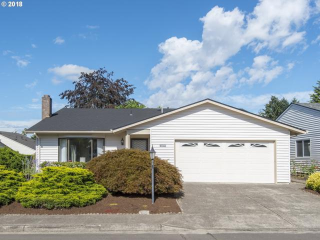 10075 SW Highland Dr, Tigard, OR 97224 (MLS #18531118) :: Hatch Homes Group