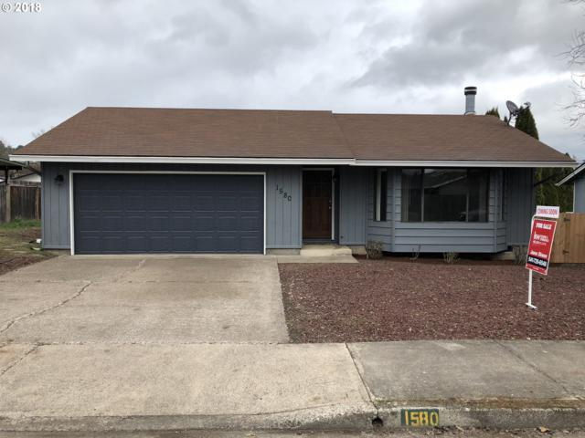 1580 E Chamberlain Ave, Cottage Grove, OR 97424 (MLS #18531765) :: Harpole Homes Oregon