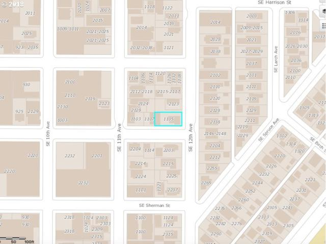 1135 SE Grant St, Portland, OR 97214 (MLS #18532431) :: Change Realty