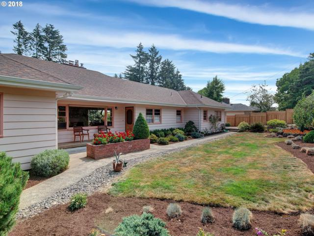 5820 SW 18TH Dr, Portland, OR 97239 (MLS #18536317) :: Hatch Homes Group