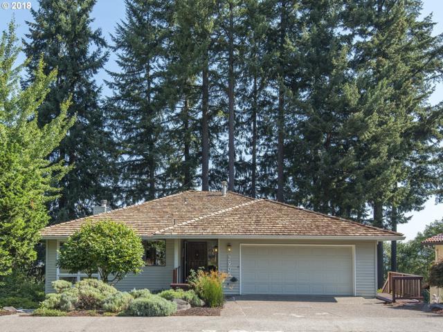 2906 Bluegrass Way, West Linn, OR 97068 (MLS #18542309) :: Fox Real Estate Group