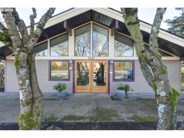 5895 Jean Rd, Lake Oswego, OR 97035 (MLS #18544826) :: Fox Real Estate Group
