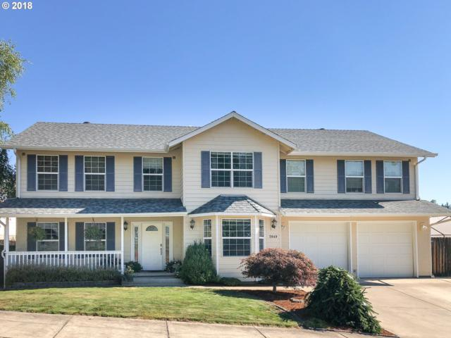 2649 NW Loma Vista Dr, Roseburg, OR 97471 (MLS #18546809) :: Hatch Homes Group