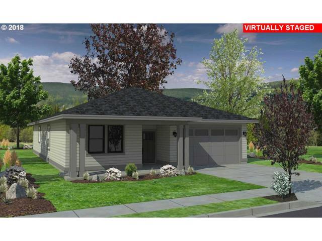 939 Argon Ave, Eugene, OR 97401 (MLS #18549320) :: Song Real Estate
