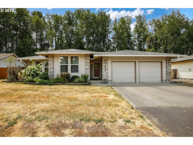 824 NE Meadow Dr, Portland, OR 97211 (MLS #18549671) :: Hatch Homes Group
