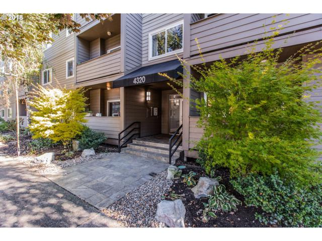 4320 SW Corbett Ave #201, Portland, OR 97239 (MLS #18550748) :: The Liu Group