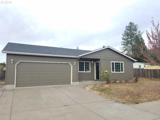 476 N Moss St, Lowell, OR 97452 (MLS #18554352) :: Song Real Estate