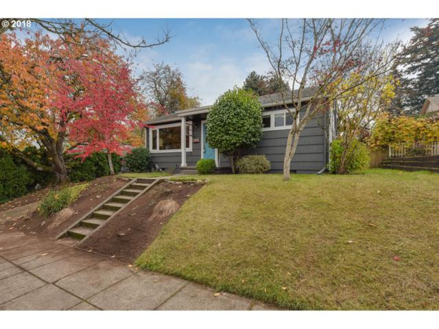1806 SE Miller St, Portland, OR 97202 (MLS #18556099) :: The Sadle Home Selling Team