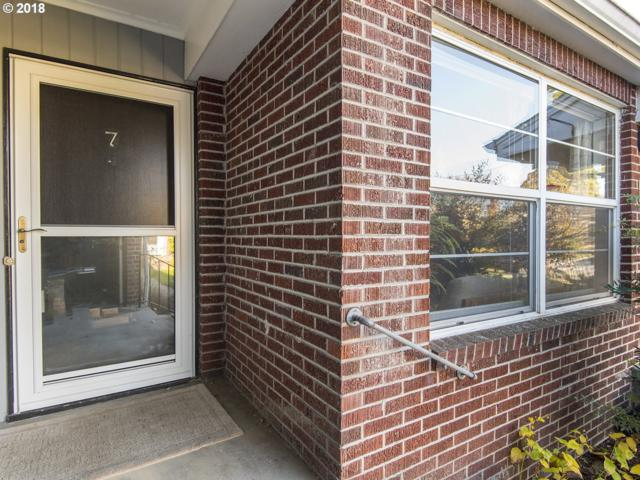 6504 N Commercial Ave #7, Portland, OR 97217 (MLS #18556661) :: Townsend Jarvis Group Real Estate