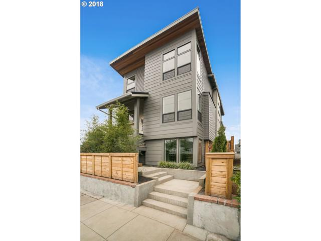 5430 NE 24TH Ave, Portland, OR 97211 (MLS #18557014) :: The Sadle Home Selling Team