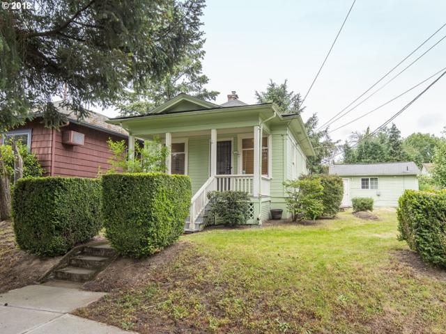 8725 SE 19TH Ave, Portland, OR 97202 (MLS #18560212) :: Hatch Homes Group