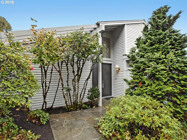 2515 SW Saint Helens Ct, Portland, OR 97201 (MLS #18561654) :: Hatch Homes Group