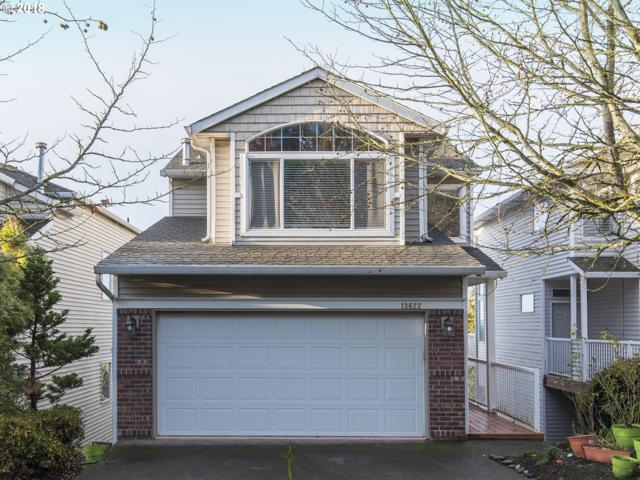 13622 SW Willow Top Ln, Tigard, OR 97224 (MLS #18565318) :: Premiere Property Group LLC