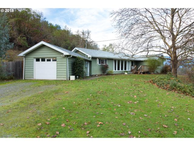 413 Valley Dr, Myrtle Creek, OR 97457 (MLS #18565504) :: Townsend Jarvis Group Real Estate