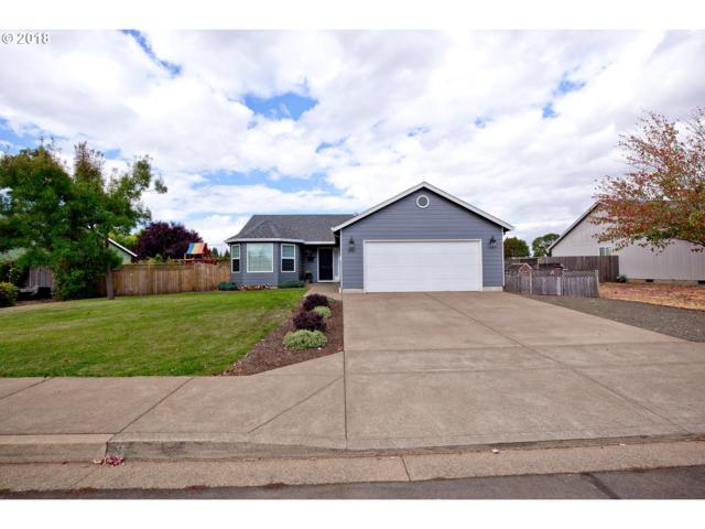 990 W 17TH Ave, Junction City, OR 97448 (MLS #18569931) :: R&R Properties of Eugene LLC